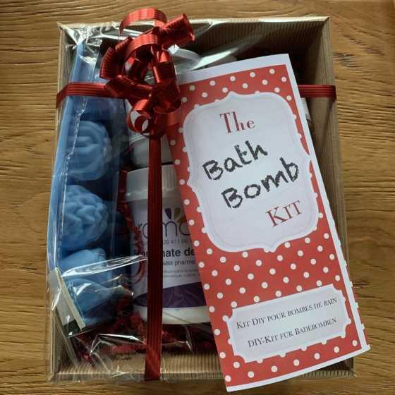 The Bath Bomb Kit, Kreation Badebomben, handgemacht, Geschenkideen, Geburtstag, Weihnachten, Fribourg, Shop