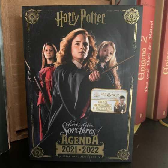 Harry Potter : fières d'être sorcières ! : agenda 2021-2022