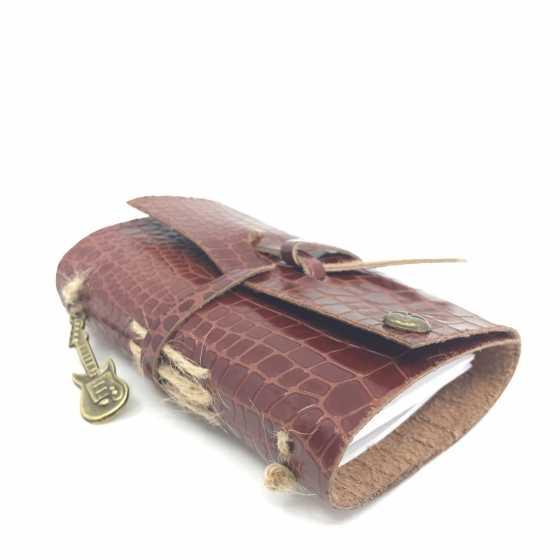Petit carnet de voyage en cuir