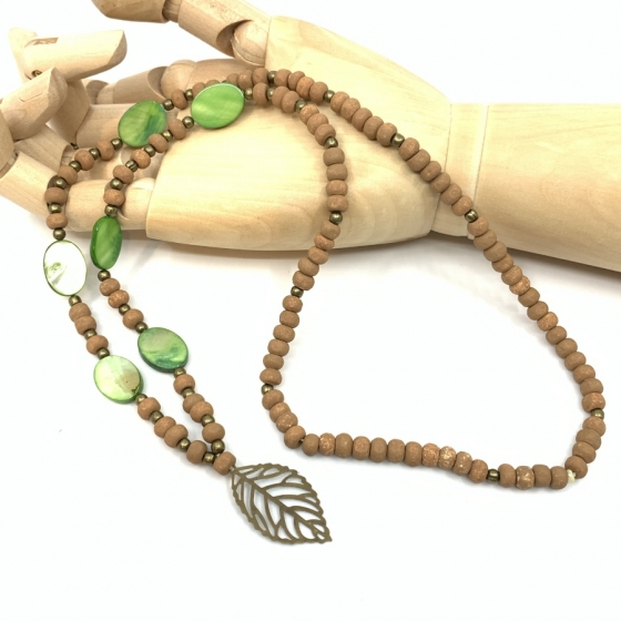 Halskette Perlmutt und holz grün