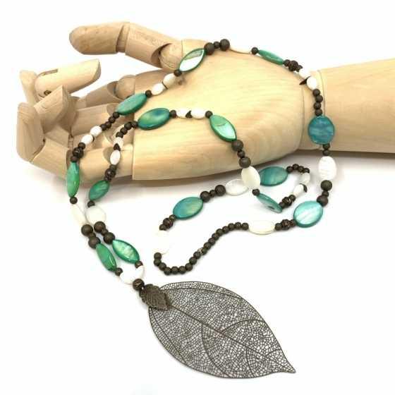 Halskette Perlmutt grün und weiss