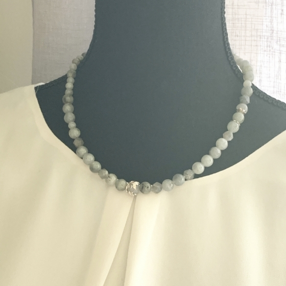 Labradorit-Halskette