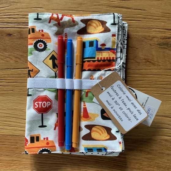 Kleines waschbares Maltuchbuch, Geschenkidee für Kinder, Nähen, Schweizer Kunsthandwerk, Geschäft, Freiburg